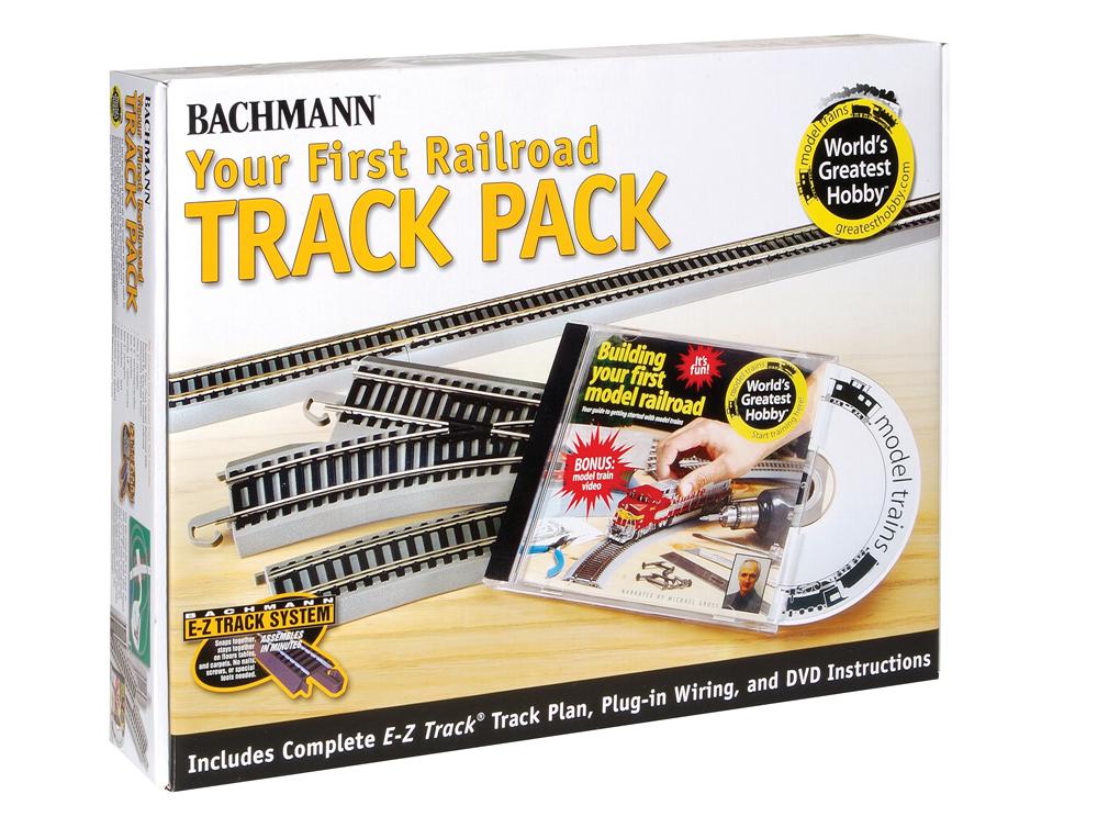 B44596 - 45 PIECE RAILROAD TRACK PACK